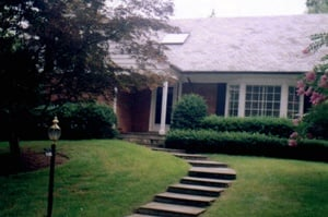 front of ranch home before renovation