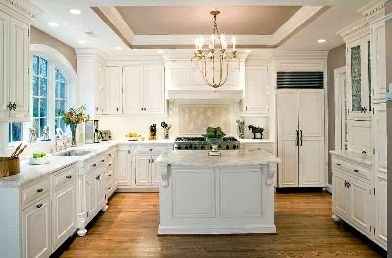 traditional kitchen style by sarah kahn turner for gilday renovations washington dc