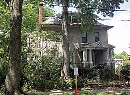 charming dilapidated house in Cleveland Park DC