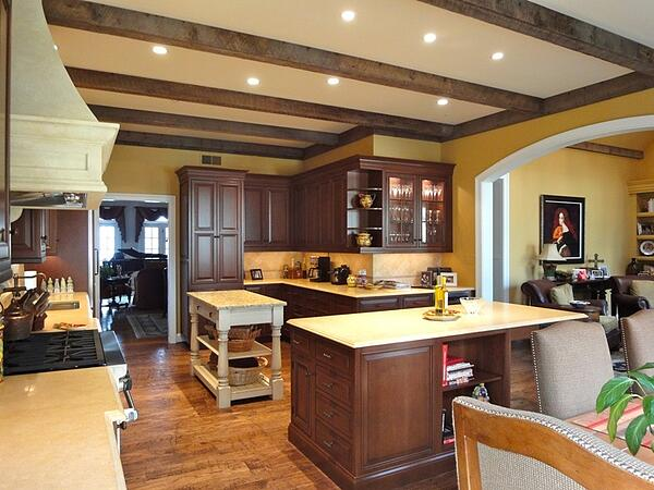rustic kitchen remodel in Tuscan style