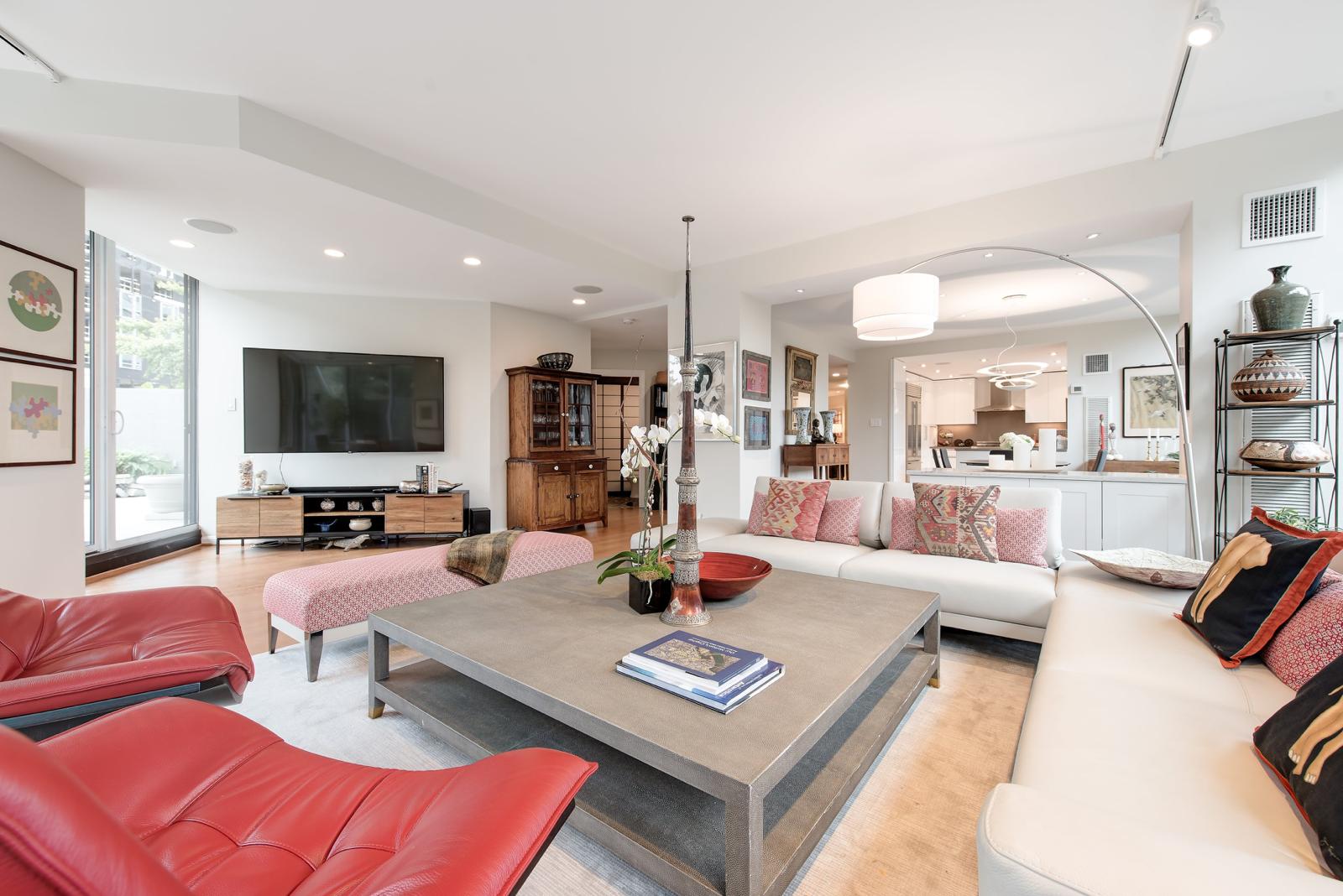 watergate livingroom