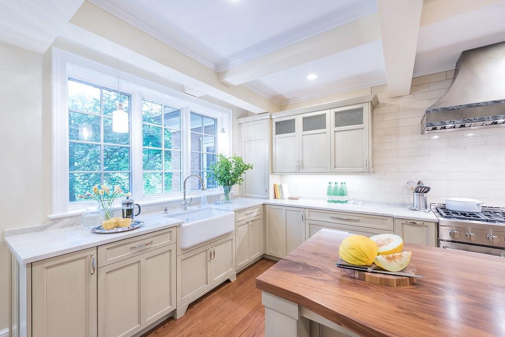 wood-island-Kitchen-corner