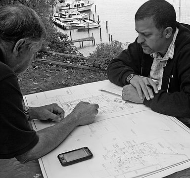 Architect consults with client | Gilday Renovations