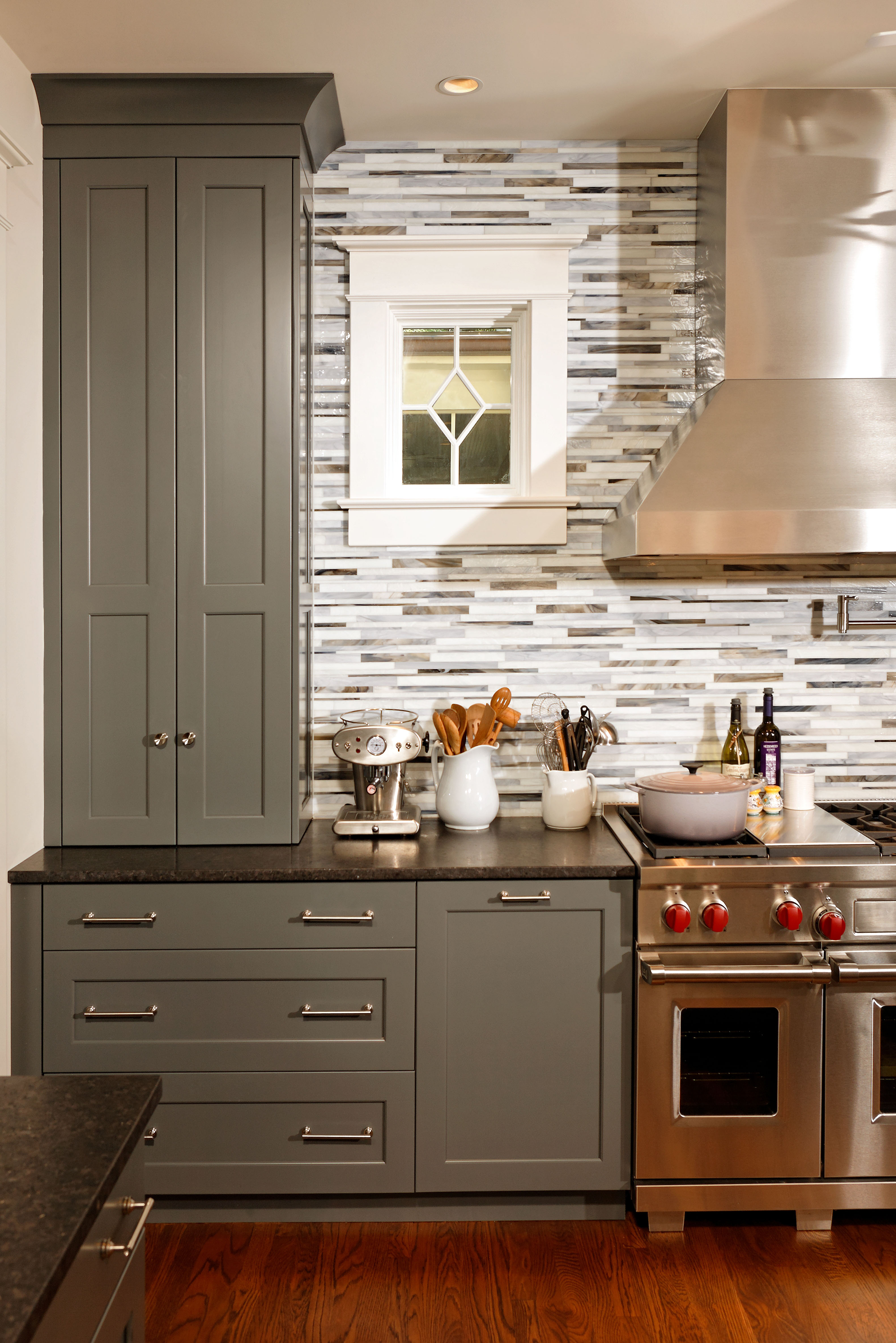 Gray Cabinets and Stove